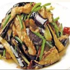 スペアリブの甘酢炒め/ほうれん草のワサビ和え/落花生水煮/ナスのニンニク和え※各種の料金です