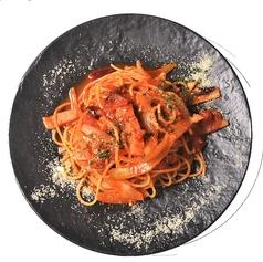 ベーコンと完熟トマトのアラビアータ