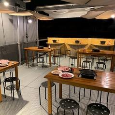 島田屋 北24条店 炭火焼肉の雰囲気1