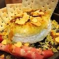 料理メニュー写真丸焼きカマンベール