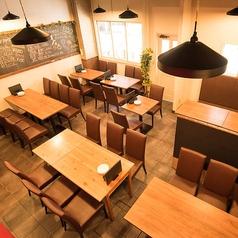 お肉とチーズダイニング 'ono ono オノオノ 秋葉原店の雰囲気1