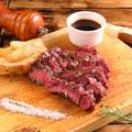 料理メニュー写真熟成48時間牛リブロースグリル