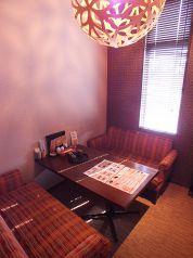 テーブル4名席 個室
