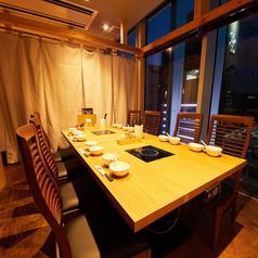 【2~36名様・カーテン半個室】 2名様から大人数利用まで、幅広く対応可能です。