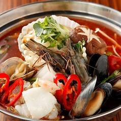 海鮮鍋 (by ボドゥルコル・イヤギ) 1人前 (注文は2人前から)