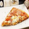 料理メニュー写真おいしいピザ