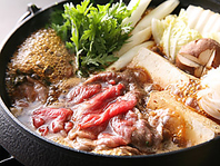 冬の味覚は鍋で決まり!5種類の鍋を常時ご用意!