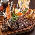 料理メニュー写真SQUALL本気の肉盛りプレート (2~3名様におすすめサイズ)