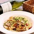 料理メニュー写真数種キノコのぺペロンチーノ スパゲッティーニ