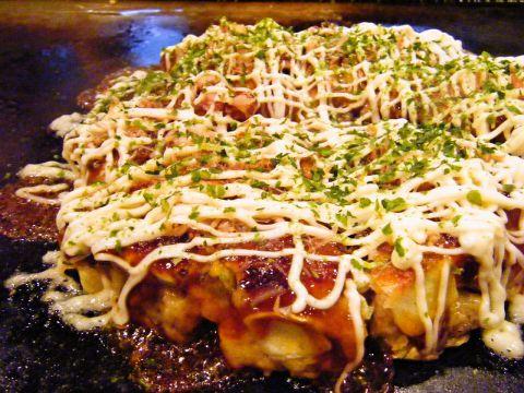 本場大阪人も納得の『お好み焼き』本場月島の舌もうなる『もんじゃ』が食べれます♪
