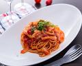 料理メニュー写真茄子とベーコンのトマトソーススパゲティ