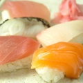料理メニュー写真にぎり寿司五点盛り