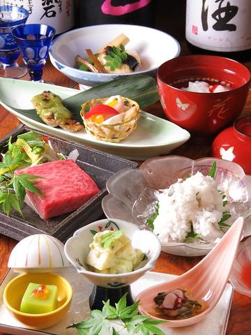 京都で修業を積んだ店主が腕を振るう瀬戸内の味覚は絶品!豊富な地酒も魅力です♪
