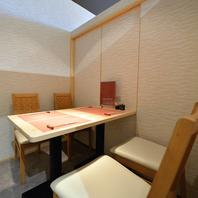 テーブル個室席は最大14名まで座れるように連結可能