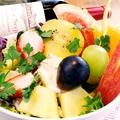料理メニュー写真果物屋さんのフルーツサラダ