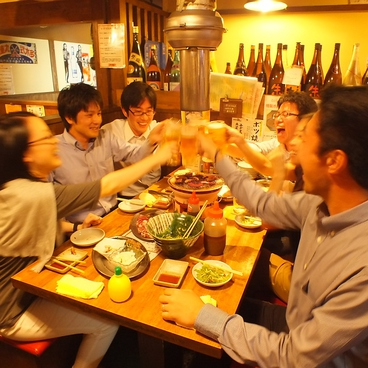 大衆焼肉ホルモン酒場 とりとん 大須店の雰囲気1