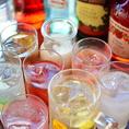 飲み放題は100種類のドリンクから選べます。生ビールプレミアムモルツもOK!