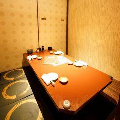 こちらは4~6名様個室。小規模な宴会でも個室をご用意しております♪