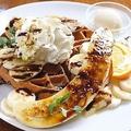料理メニュー写真チョコバナナワッフル