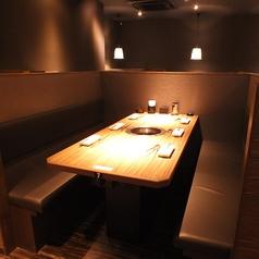 テーブル席は2名~6名様用をご用意。