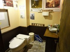トイレも広々してます。