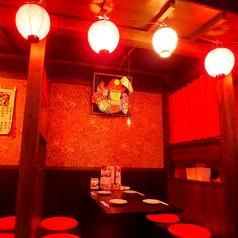 落ち着いた中にも華やかな津軽の文化が感じられる半個室!