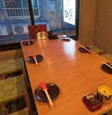 本館2F◆テーブル席は2~6名様用をご用意。テーブルをつなげて最大12名様までOK!