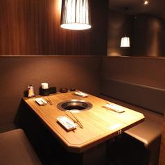 テーブル席はボックスタイプになっており、広々とご利用頂けます。女子会やデートにもぴったり♪