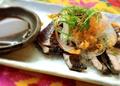 料理メニュー写真石垣島ラー油入りの炙りカツオ