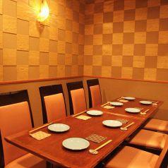 テーブル12席