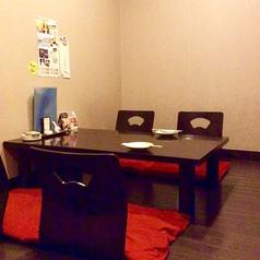 完全個室の座敷タイプのお席。10名様の団体様にもご利用頂けます( ´ ▽ ` )