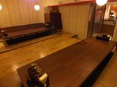 大きなテーブルの広々としたお席をご用意!