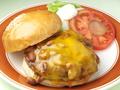 料理メニュー写真チリチーズバーガー