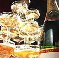 シャンパンタワーで乾杯!