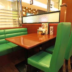 オムライスレストラン ワイズポム イオンモール鹿児島店の雰囲気2