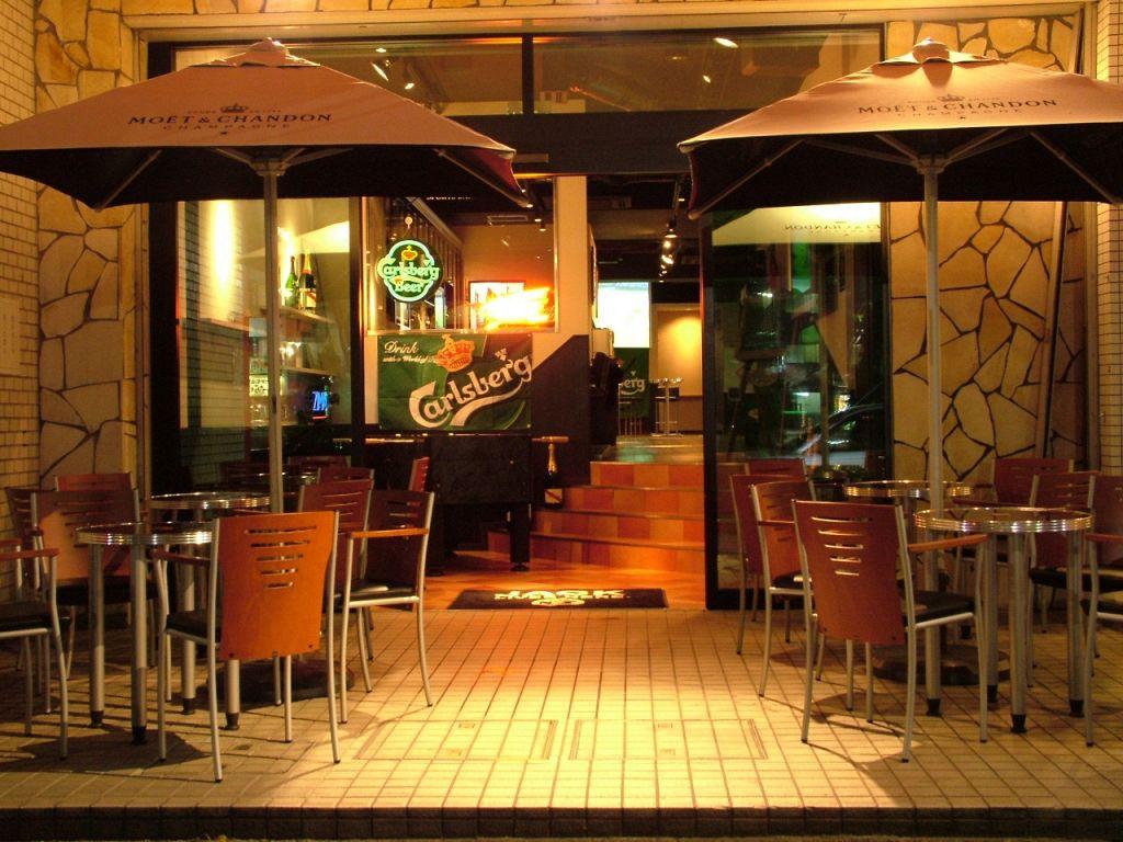Sports Bar Baccarat (バカラ)|店舗イメージ1
