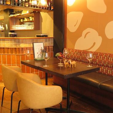 cafe&dining バンビ Bambi 河原町三条の雰囲気1