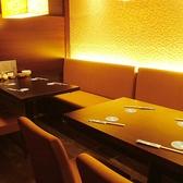 ゆったりとしたテーブル席は、落ち着いてお食事をお楽しみ抱けます。デートにもぴったり♪