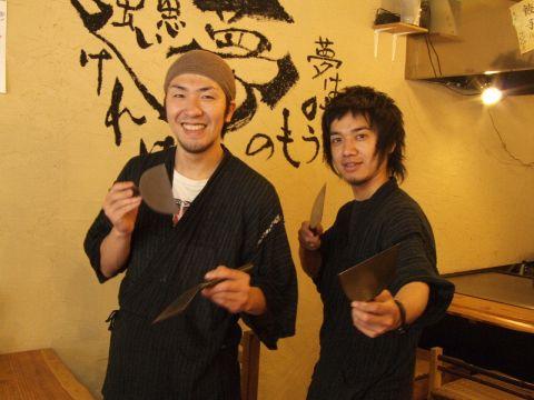 広島で修業した広島出身の職人が焼くことに拘った、本物の鉄板焼きを楽しめる★