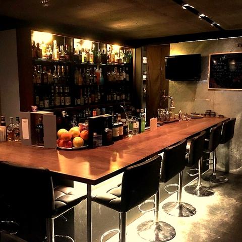 シュミレーションゴルフのあるcafe&bar♪本格カクテルや手作り料理も◎