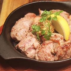 ラム肉のサイコロステーキ