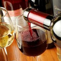 自社直輸入ワイン豊富にご用意致しております