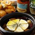 料理メニュー写真カマンベールチーズのアヒージョ