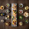 【器に映えて季節を感じる、旬の食材】様々なシーンにご利用いただける、御膳料理に会席料理。素材の良さがひきたつ和食と共に、お料理に合う日本酒や焼酎を豊富にご用意いたしました。
