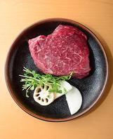 お肉料理もお愉しみいただけます
