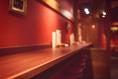 カウンター席。今夜は一人で飲みたいあなたへ…。