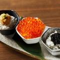 料理メニュー写真三色おちょこ丼(イクラ・ウニ・キャビア)