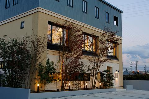 『楽山居』は憩いの別天地、心づくしのお料理でくつろぎのひとときを過ごせるお店。