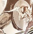 香川大介氏による壁画をはじめとして店内が一つのアート♪