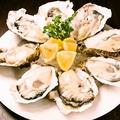 料理メニュー写真真牡蠣8個プレート